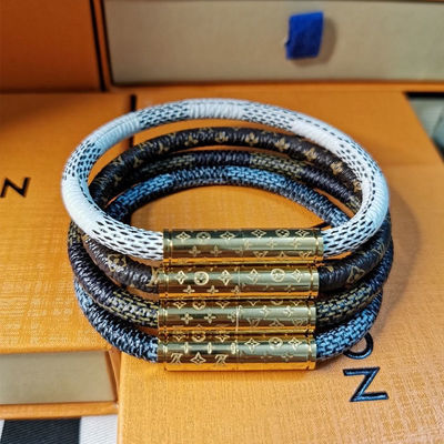 93354/L家五色老花磁扣手镯棋盘皮质皮绳时尚潮流个性情侣男女新年手链