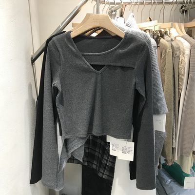 74399/2021秋季新款设计感心机性感修身显瘦短款针织打底衫上衣女