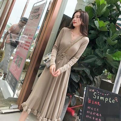 打底裙长款显瘦黑色长裙2021春秋新款女装连衣裙长袖赫本小黑裙潮