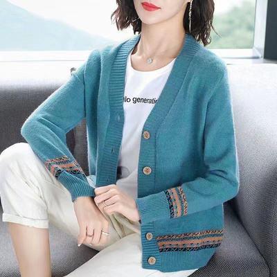 针织开衫外套女士秋冬2021年新款毛衫小香风外搭宽松外穿毛衣上衣