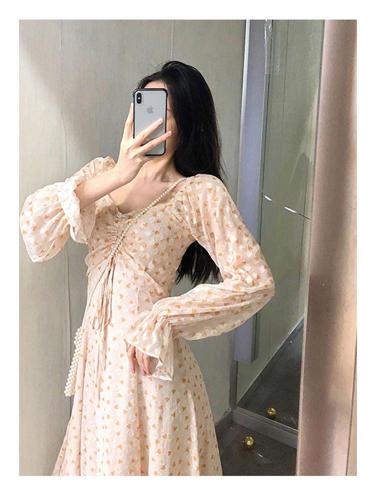 新款連衣裙春款復古慵懶法式輕熟風仙女裙ins小眾設計感可甜可鹽長袖連衣裙