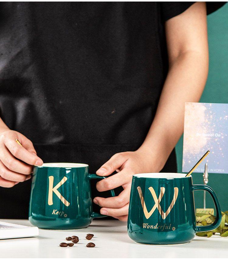 姓氏字母馬克杯帶蓋勺家用陶瓷杯子網紅高顏值咖啡杯禮物水杯ins
