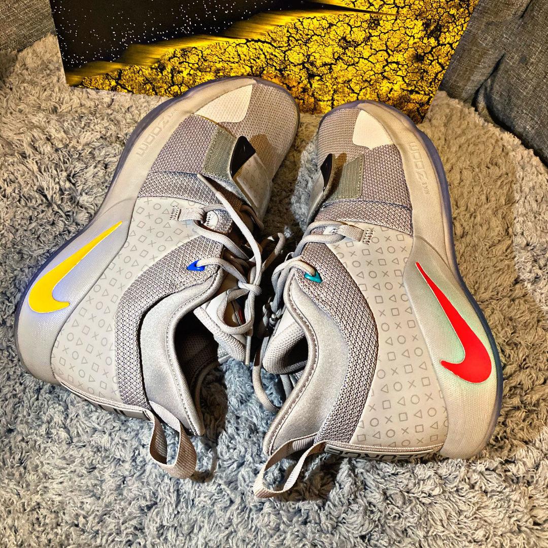【全新現貨】PG2.5亮燈電玩游戲機聯名灰 保羅喬治2.5男子低幫實戰緩震籃球鞋【2月1日發完】