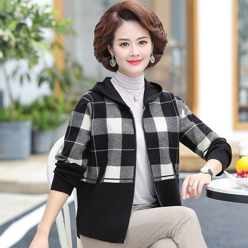 75896-妈妈春装格子外套洋气中年女大码遮肚上衣中老年春秋时尚带帽开衫-详情图