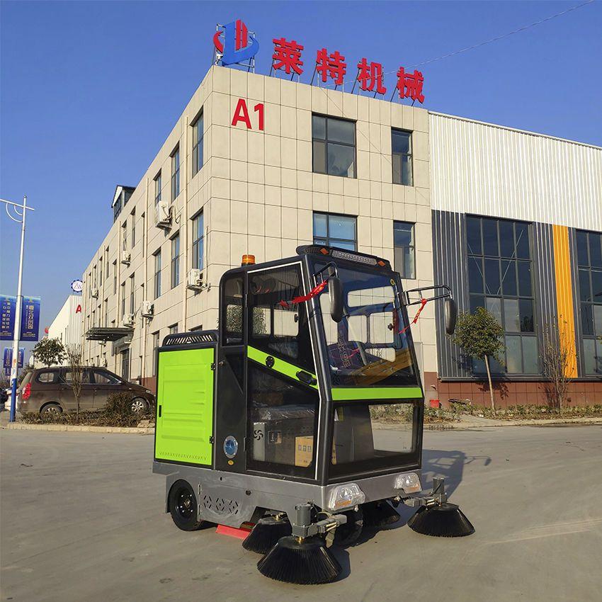驾驶式扫地车工厂物业小区道路扫地机小型电动清扫车环卫扫路车