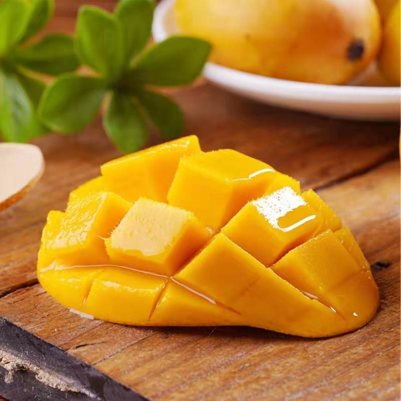 海南小台农芒果当季新鲜水果整箱批发包邮贵妃玉芒青芒