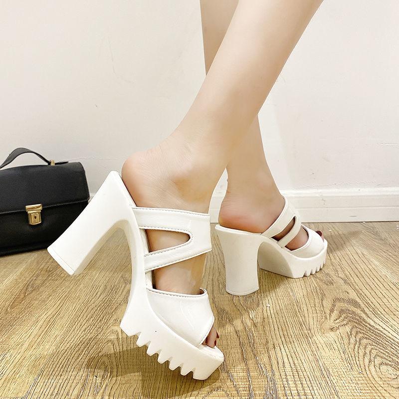 凉鞋女新款粗跟百搭鱼嘴白色防水台高跟鞋