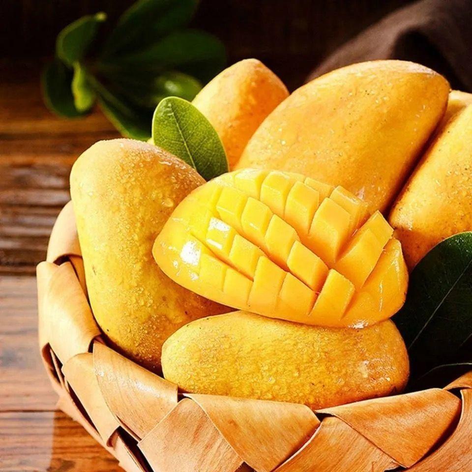 海南小台农芒果新鲜水果无丝小核热带应季整箱批发当季包邮