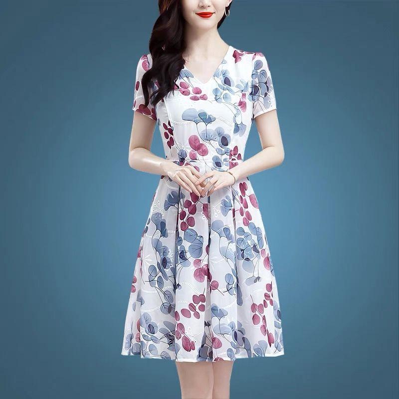 韩版连衣裙女夏装妈妈新款a字裙收腰显瘦遮肚时尚洋气碎花裙子女