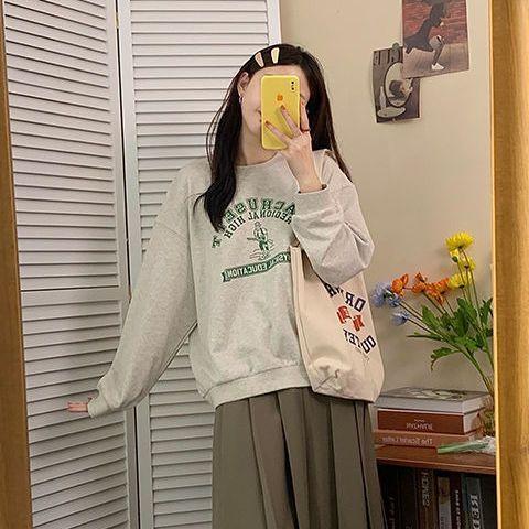 88862-秋冬季灰色卫衣女春薄款2021年新款圆领宽松韩风字母印花长袖上衣-详情图