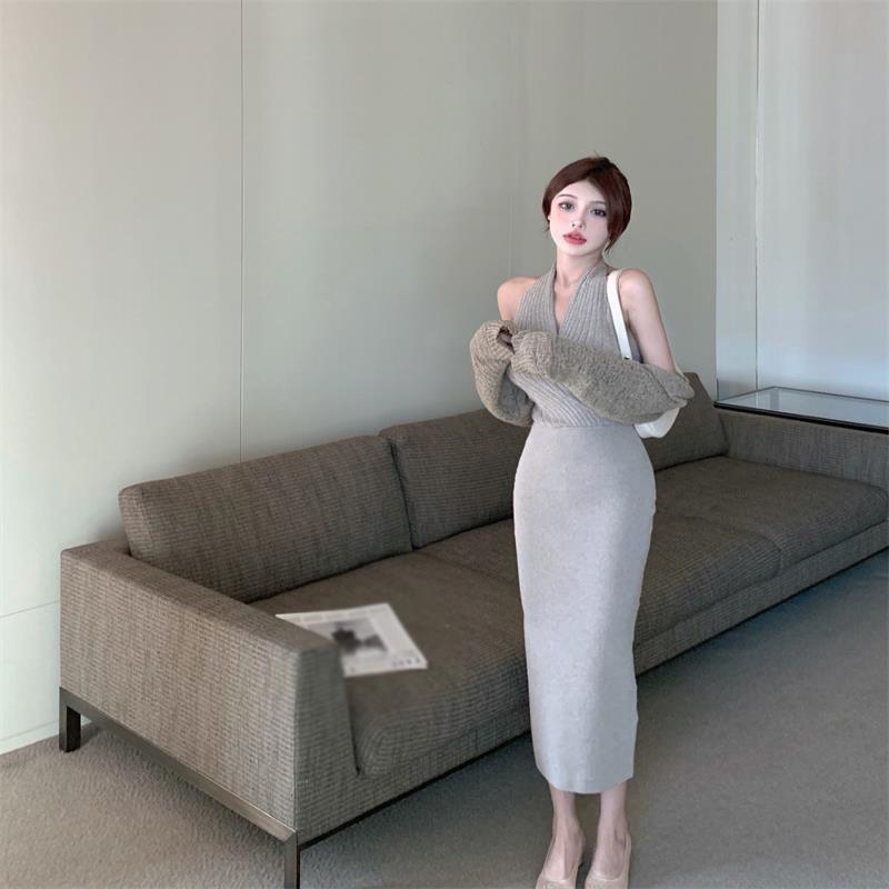灰色针织挂脖连衣裙女夏季2021新款辣妹收腰露背开叉中长款裙子潮主图1