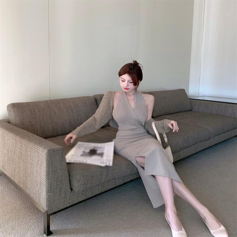 灰色针织挂脖连衣裙女夏季2021新款辣妹收腰露背开叉中长款裙子潮主图2
