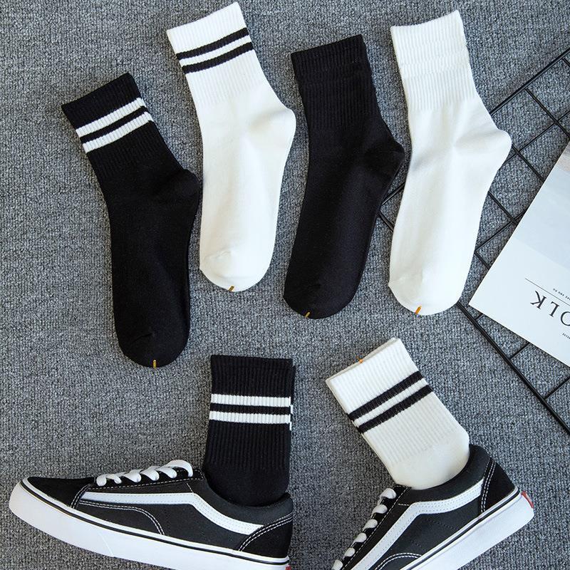 袜子女中筒袜男防臭纯棉情侣袜学生长袜ins潮长筒黑白色春秋棉袜