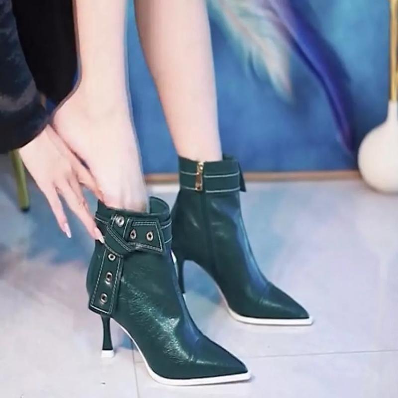法式设计感细跟短靴女2021秋冬季新款尖头高跟鞋小众时装马丁靴子